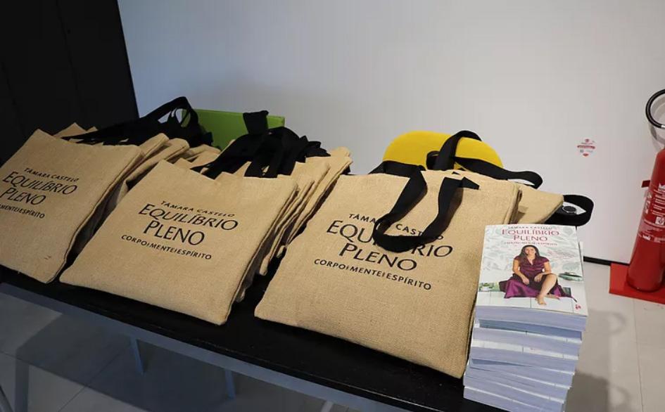 Lançamento do novo livro de Tâmara Castelo na loja MOB em Lisboa